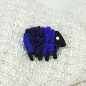 Lizzyc purple sheep brooch layla 