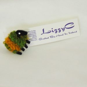 green_and_gold|sheep|pin|on-card